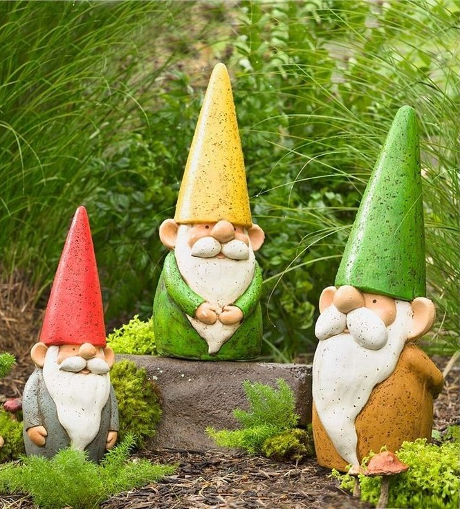 Examples of garden gnomes to create
